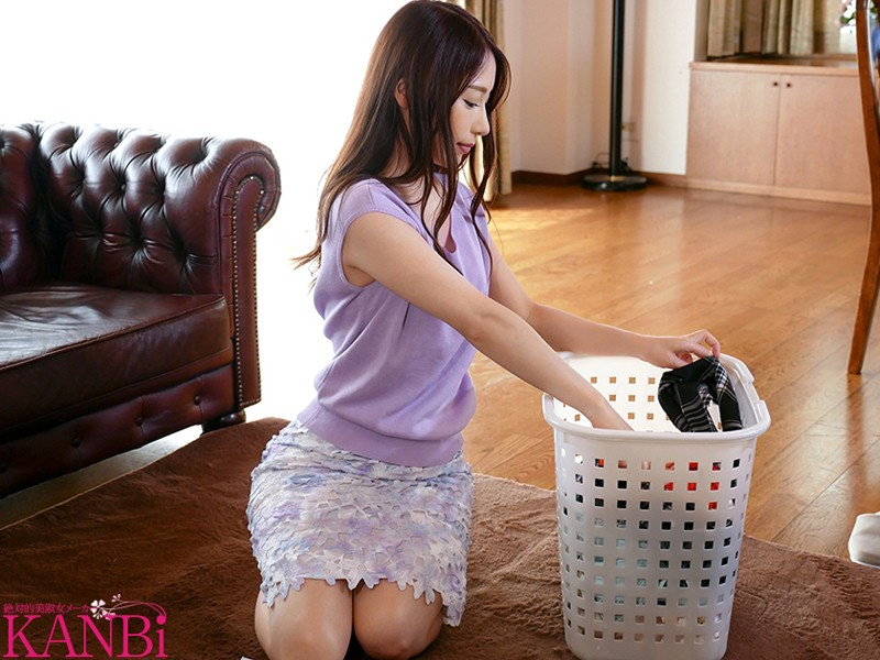 [DTT-002] I Was Creampied Right In Front Of My Husband...