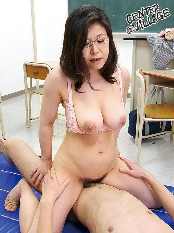 Milf goes hunting for young stud to fuck 2