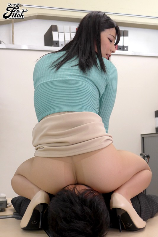 Big Bootied Slut With No Panties' Wild Hip Shaking Ai Uehara (jufd00393)