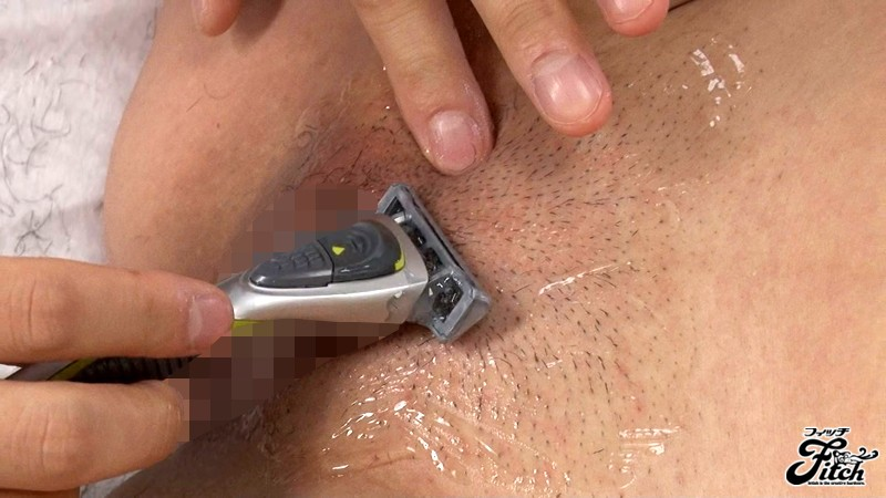 Husband shaves wifes cunt for date