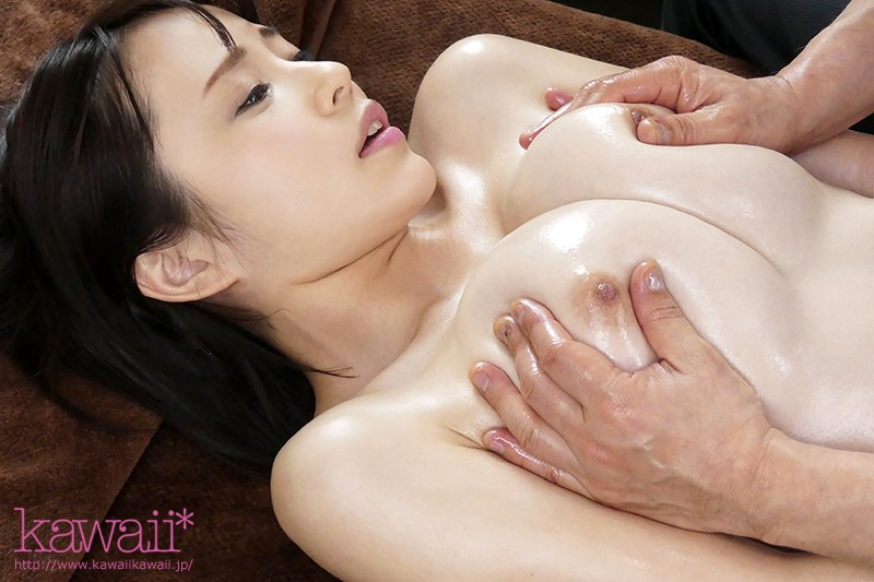 KAWD-898 A Miraculous Hot Body In Twitching And Trembling Spasmic Orgasmic Ecstasy! A Natural Airhead F Cup Titty Concentrated Sensual Tweaking Lust-Releasing Oil Massage Mayuki Ito