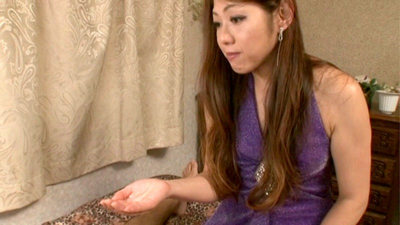VAGU-035 Incest Soapy Creampie - First Time Mature Woman Hooker - Hey, That Was My Friend's Mom! Yoko Tsuyuki