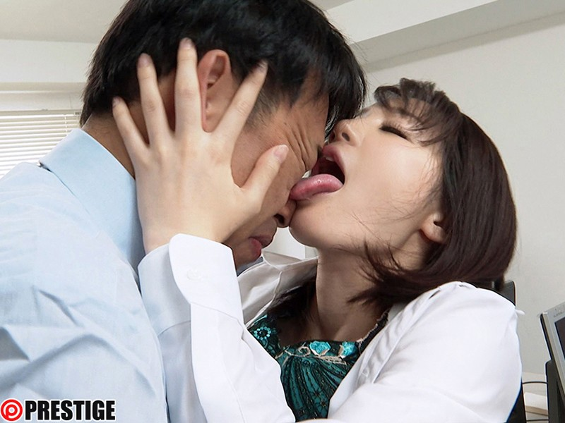 [ABP-783] Kiss Maniac. 3 Sex Scenes Covered In Saliva. ACT.04 Sensitive And Obscene Lips That Are More Sensitive Than Her Pussy Airi Suzumura