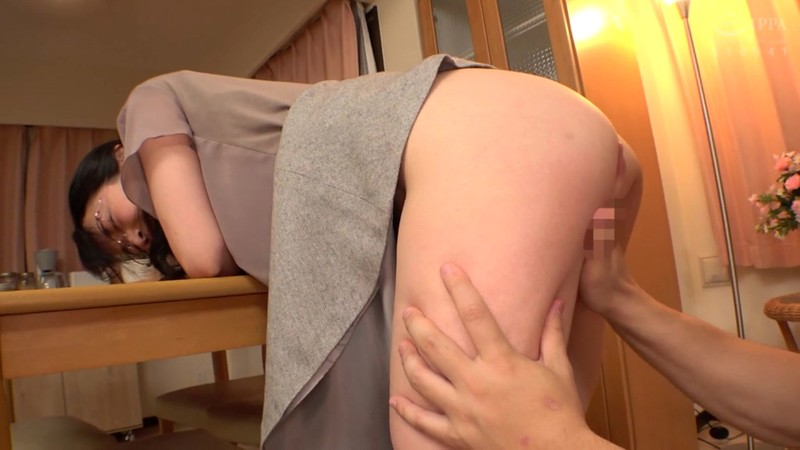 SCR-263 Following A Married Woman And Creampie Fucking Her