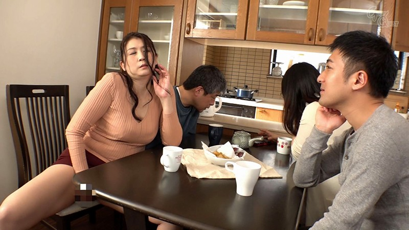 RVG-122 Son-In-Law Guns For His Mother-In-Law's Big Tits BEST Collection vol. 4