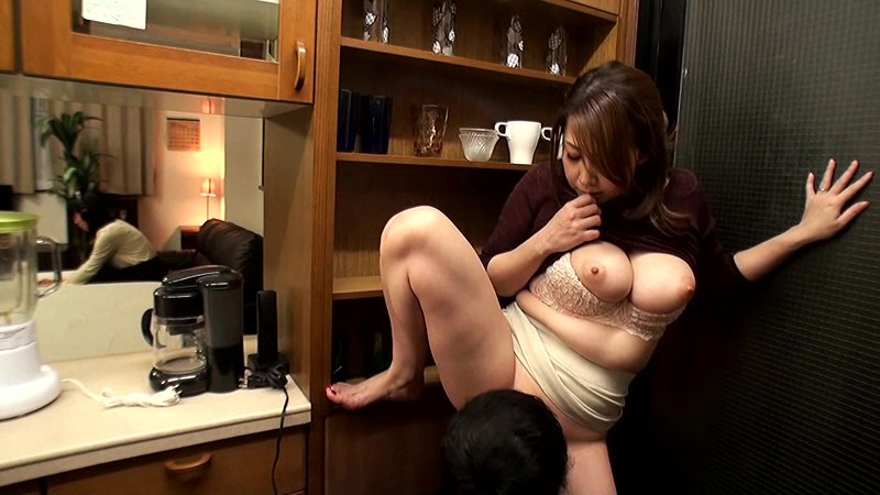 Desire to big breasts mother in law does not stop free xxx galeries