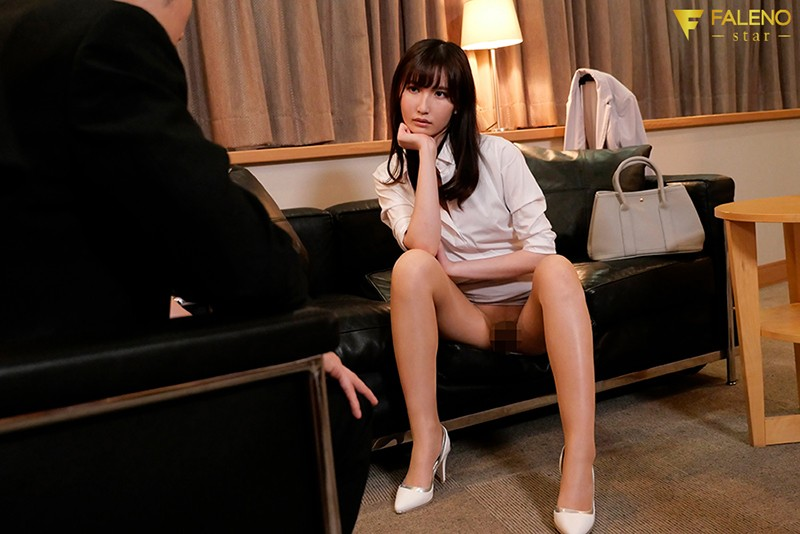 FSDSS-149 Temptation Of A Female Superior With No Panties: Staying In The Same Room During A Business Trip – Sora Amakawa