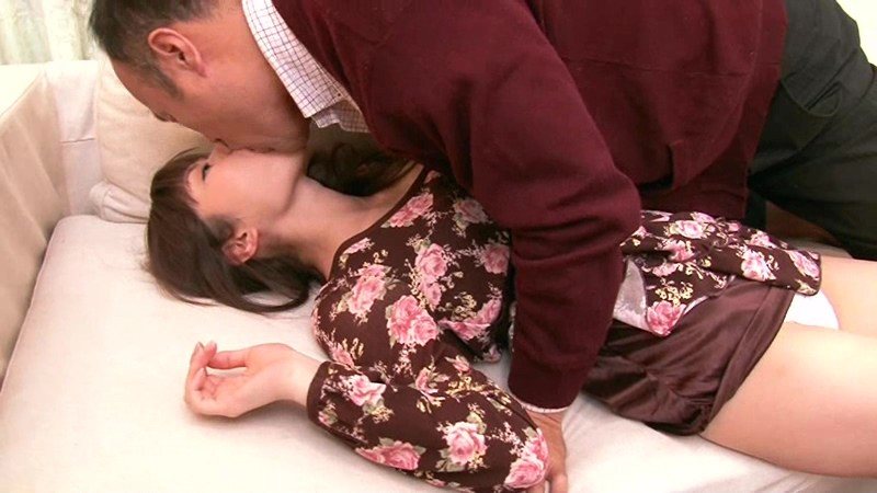 HAVD-854 Studio Hibino Runaway Daughter Asuka Shiratori Escapes From Her Father's Dribbling Kisses... Right Into My House! big image 2