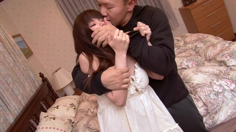 HAVD-854 Studio Hibino Runaway Daughter Asuka Shiratori Escapes From Her Father's Dribbling Kisses... Right Into My House! big image 3