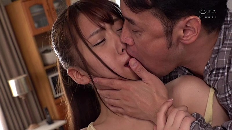 HBAD-450 Intimate Sex With My Stepdaughter In The Bathroom. Sari Kosaka