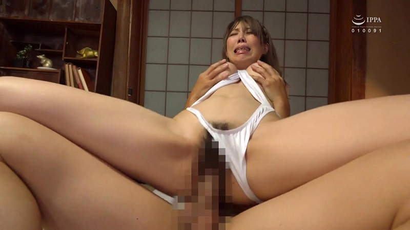HBAD-570 An Older Sister Who Is Rumored To Be A Huge Slut In The Neighborhood – Azusa Tani