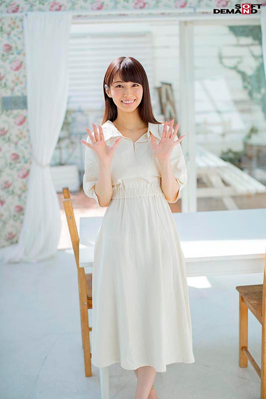 KIRE-021 A Naive Mature Woman Faces The Subject Of Sex, Head On A Pure And Elegant Aroma Therapist Miki Mori 40 Years Old Her Adult Video Debut