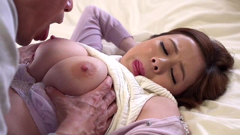 NTR-060 big plugged in between not stay the chain husband of cuckold husband and wife in the bedroom big image 3