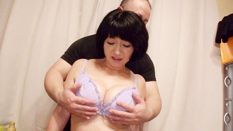 OKZ-012 Studio Daddy's Private Photos - A Divine Mature Woman A Fifty-Something Babe Who Hasn't Been