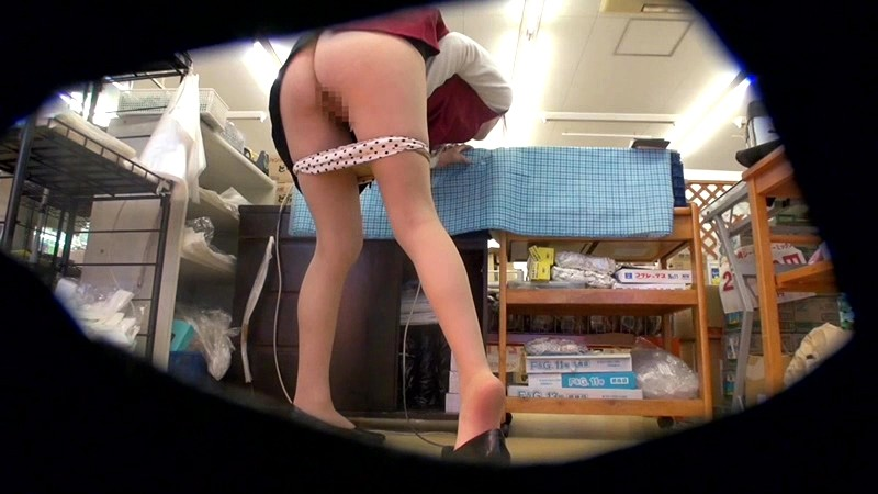 SDMT-928 Studio SOD Create Soft On Demand Research Team. Unable To Resist Their Urges At Work We Find Sexually Frustrated Beautiful Female Workers Addicted To Masturbation Behind The Cash Register!