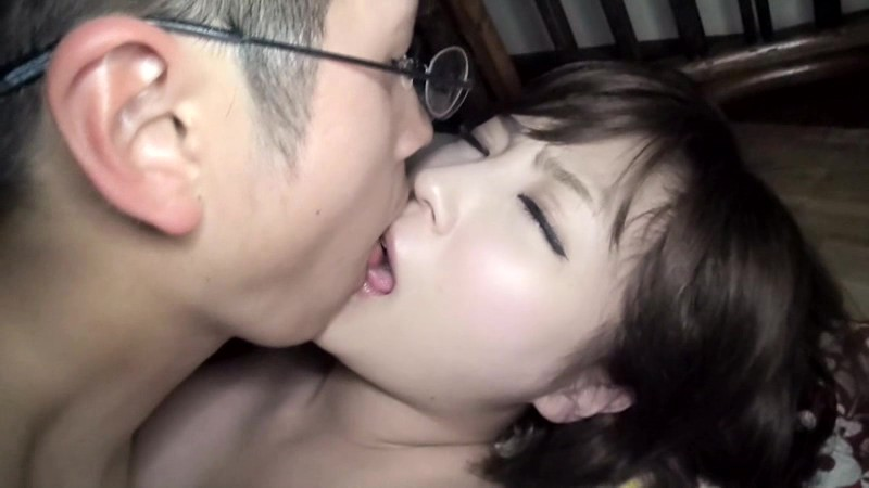 SDMT-997 Studio SOD Create Sneaking Into The Room Of An SOD Female Employee On A Business Trip And Penetrating Her As She Sleeps