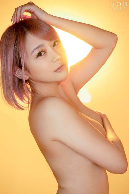 "STARS-113 The Sun Rises And The Sun Sets Sho Nishino She's New To The SOD Roster But She's Retiring Within The Year For 15 Years, She Was On The Front Lines As A Legendary Actress ""So, What Is She Thinking Now…"" The Documentary Of Nakedness"