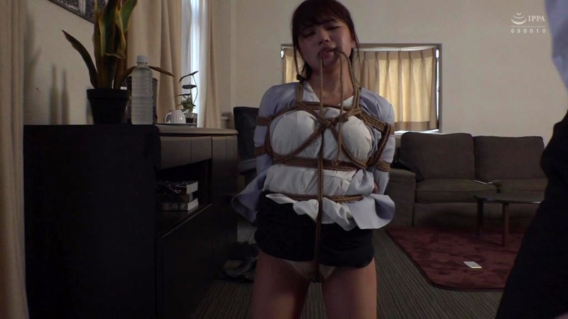 DFE-047 She Loves To Fuck At The Office! Domme Boss Kisaragi Breaks In Her Male Subordinates – Playing Hookey For Bondage Sex Natsuki Kisaragi