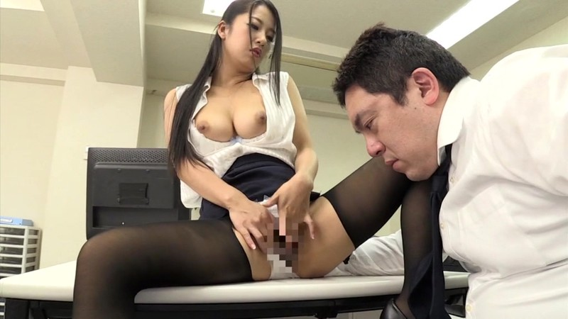 He's Committing Overtime NTR With His Slut Employee, And He Doesn't Want His Wife To Know This Beautiful Big Tits Employee Was Newly Transferred To His Department, And When She Learned His Secret, He Was Coerced Into Reverse NTR Overtime Satomi Suzuki
