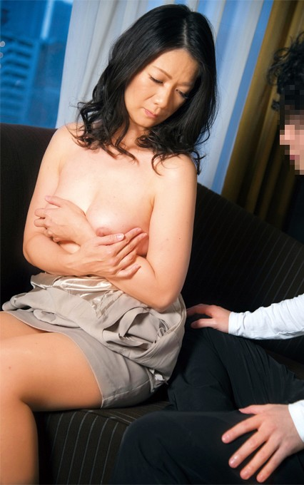 SGSR-270 Streetcorner MILF Channel - Drop Dead Gorgeous Mature Babes! Extreme Seduction! They All Go