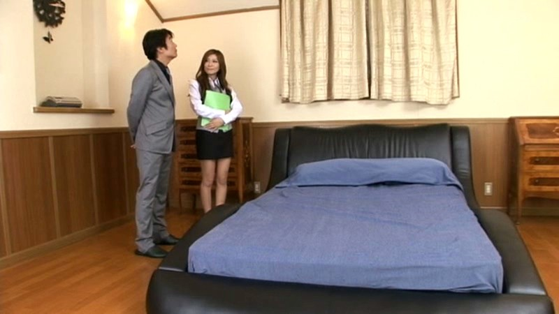 SMA-644 Real Estate Agent at a Model House Gets Fucked Over and Over! Yuna Shina