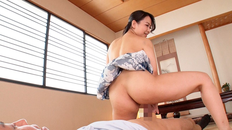 "ARM-817 ""I Just Want To Stick The Tip Of My Cock In!"" An Elder Sister Type Who Likes To Tease You By Letting You Rub Your Cock Around The Entrance Of Her Pussy"