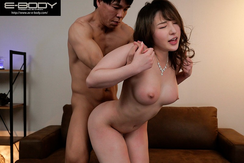 EBOD-814 Only 20 Years Old! The No. 1 Hostess In Ginza! Her Porn Debut Mina Kitano
