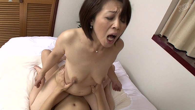 sex-with-beautiful-mother-horny