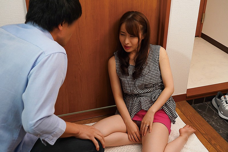 NACR-399 The Hot Wife Next Door What Happened When She Entered The Wrong House Risa Mochizuki