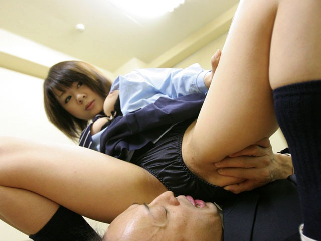 BNRI-030 - Face Sitting Whip Ass Girls Forced Cunnilingus - Star Paradise big image 4