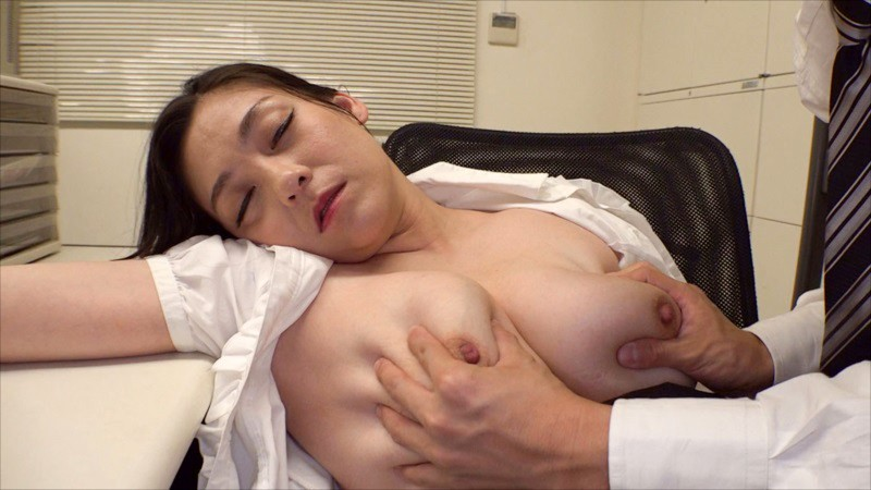 VRTM-410 Just Once, I Just Want To Squeeze Them