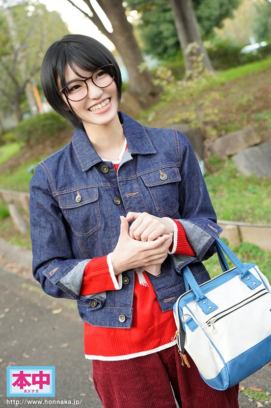 HND-628 Fresh Face. A College Girl Studying Liberal Arts