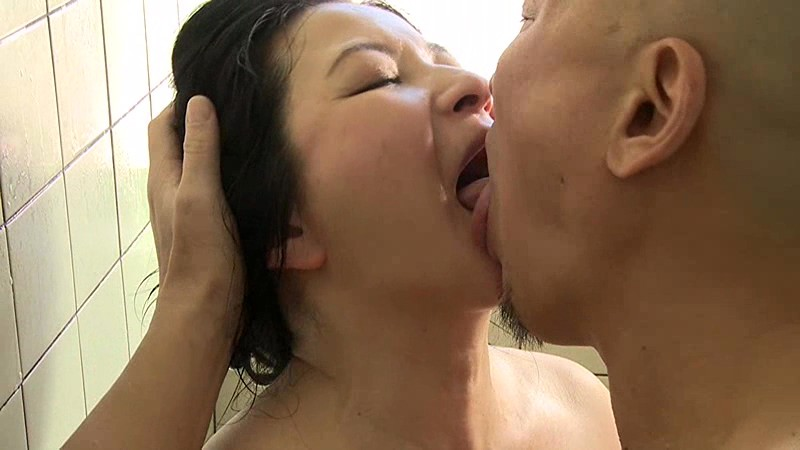 HQIS-027 henry tsukamoto original mother in law raped nemurase the mother second time mother of live big image 3
