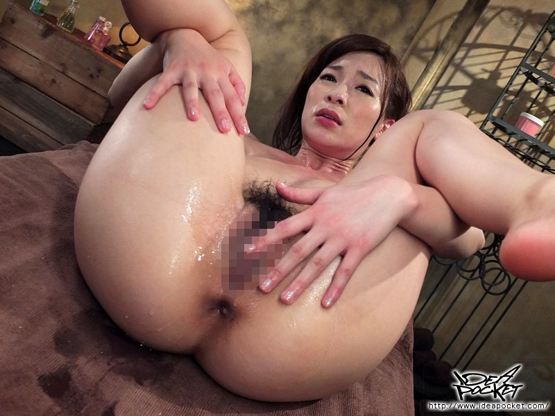 [IPZ-224] Dripping Wet Massage Parlor! This Beautiful Massage Parlor Owner Swells At The Feel of a Warm Body! Kaho Kasumi