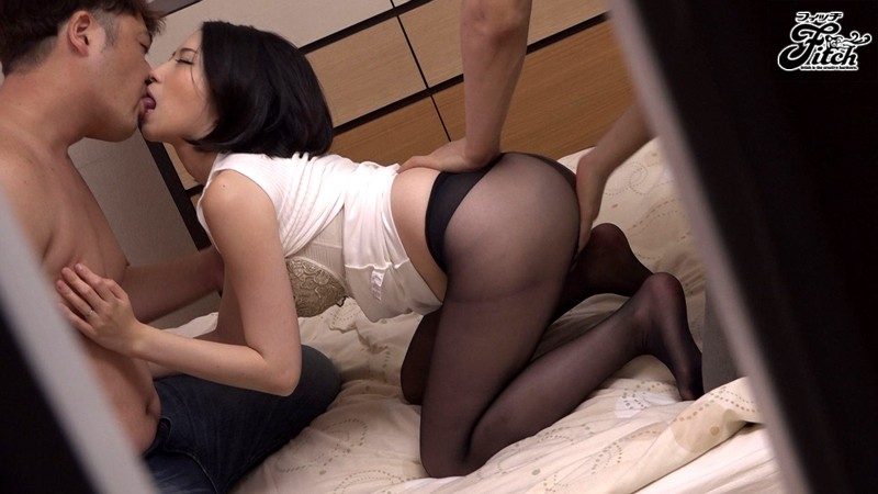 Cuckold installed hidden camera caught wife and her lover 8