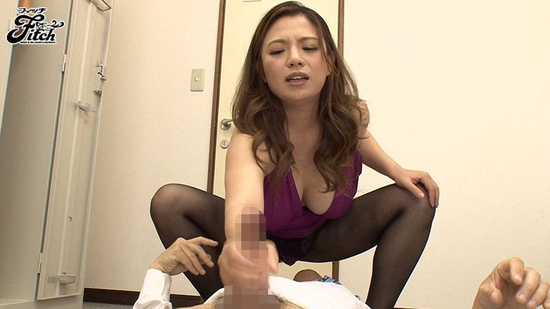 [JUFD-964] Hard Working Women In Alluring Fully Clothed Sex Mako Oda