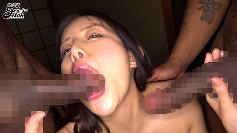 JUFE-075 His Dick Was So Big, She Couldn't Stop Looking… Creampie Sex With A Big Black Dick At The Hot Springs Bath – While Her Boyfriend Was Nearby