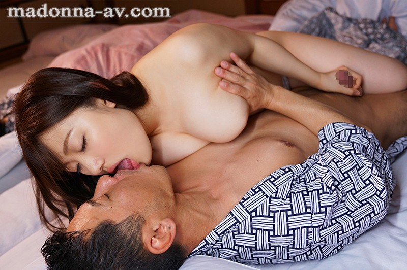"""JUL-132 """"Hey Big Stepbrother, You Can Fuck Me If You Want"""" My Wife's Young Sister Looks Like A Plain Jane Big Tits Girl, But In Reality She's A Secretly Horny Bitch, And She Pulled Some Reverse Cuckold Fucking On Me During Our Vacation Ena Koume"""
