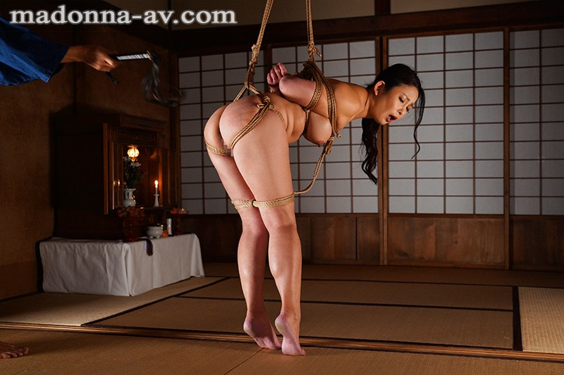 JUL-457 Madonna Exclusive, 4th ANniversary - Momoko Isshiki's First Bondage Work - A Married Woman D