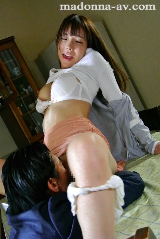 JUX-575 My Husband's Friend Serina Hayakawa