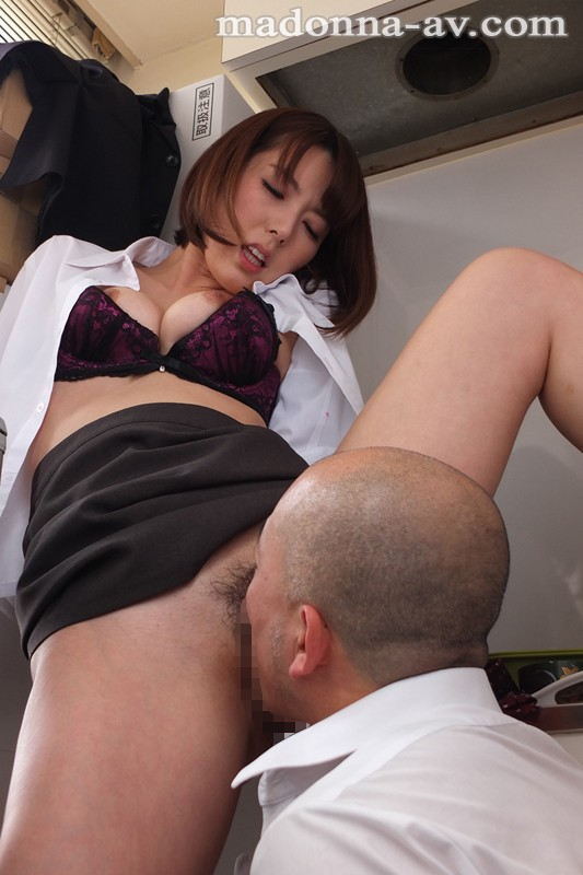 JUY-137 studio Madonna - Chance Of Behind Closed Doors Middle-aged Boss And Married Women Employees