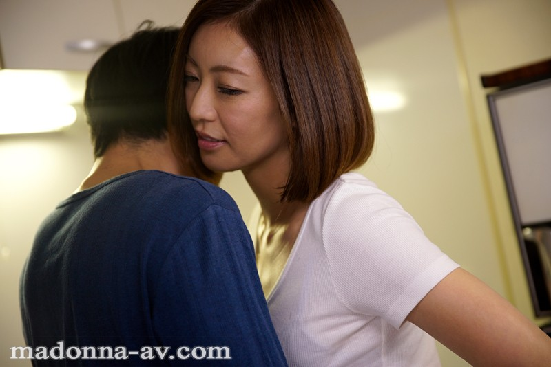 JUY-214 Studio MADONNA 7 Great Relationships With Older Married Women. Ryo Hitomi - big image 1