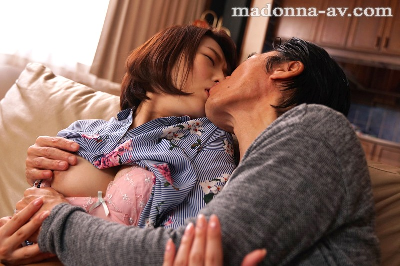 JUY-542 My Wife Is Getting Fucked By Another Man… – Relentless Cuckold Fucking – Tsubasa Hachino