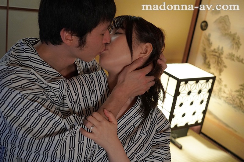 JUY-752 Honeymoon Cuckhold ~The Worst Present A Friend Could Give Me~ Rin Asuka