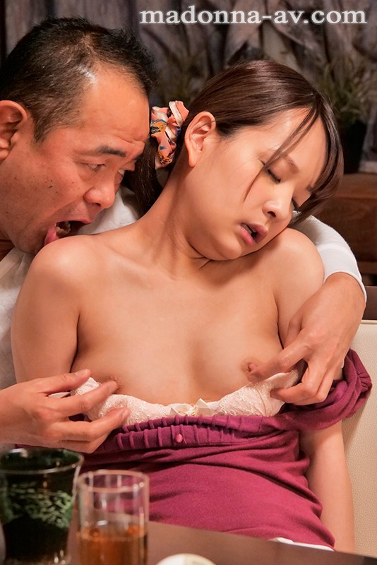JUY-863 My Hot Father-in-law Keeps Teasing Me By Edging… Mikako Abe