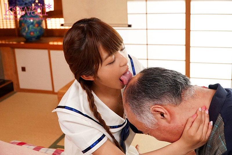 Perverted And Dirty Sex With A Middle-Aged Man On The Day Of Meeting. Moko Sakura