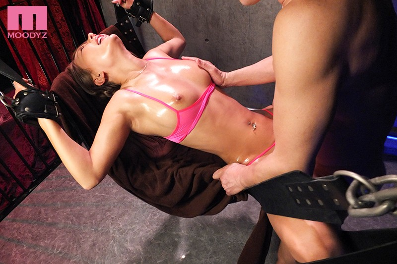 MIAA-082 Aphrodisiac Tied Up Oil Massage Making Cheeky Gal Cum In Confinement BDSM AIKA