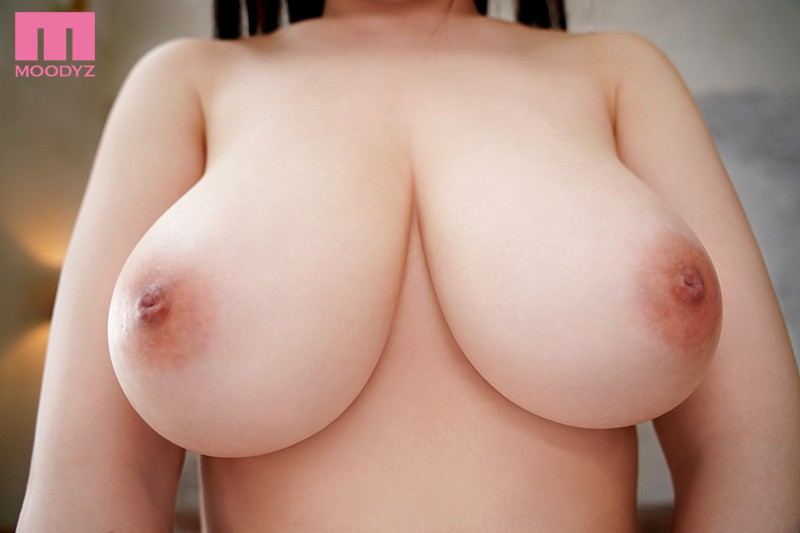 MIDE-669 A New Face Debut 19 Years Old She's Got 103cm J-Cup Titties And Still Growing! Ena Koume