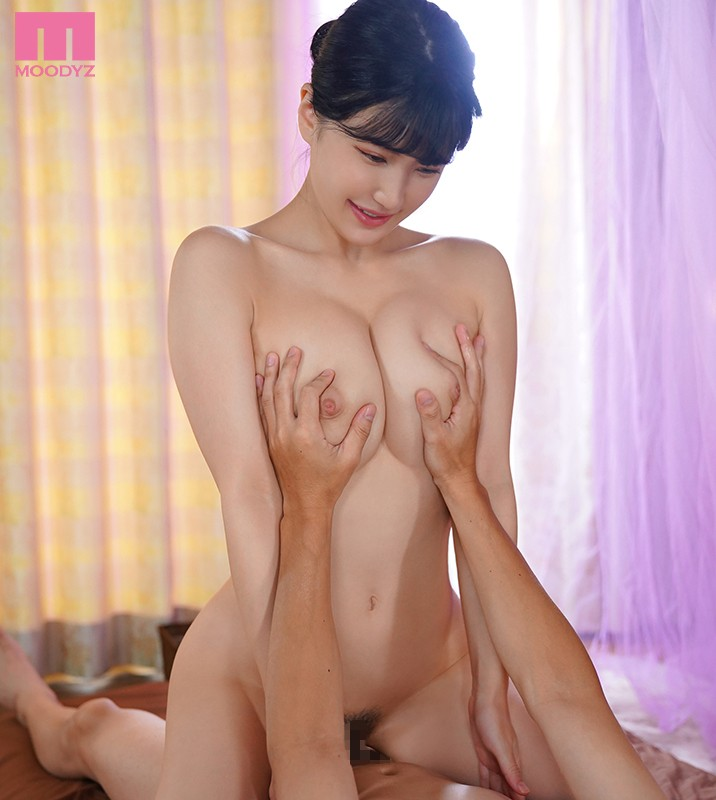 MIDE-850 Soft And Fluffy Smooth Skin G-Cup Beautiful Big Tits Nonstop Fuck Massage Parlor Girl's Cumming By Titty Fucking Full Course Shoko Takahashi
