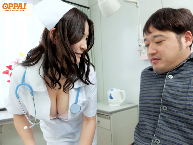 [PPPD-282] Nurse With Big Tits Should be Fucked in Astride Position on you